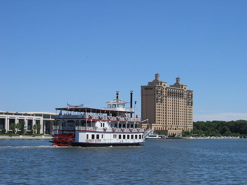 riverboat cruise things to do in savannah